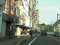3右手に阪急「蛍池」駅
