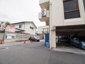 ホテルつじ井の駐車場